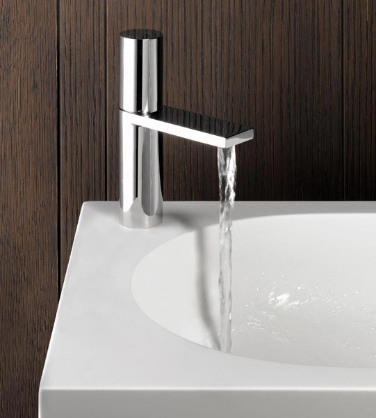 https://www.accaduehome.com/images/outlet/arredamento-bagno-miscelatore-milano1.jpg