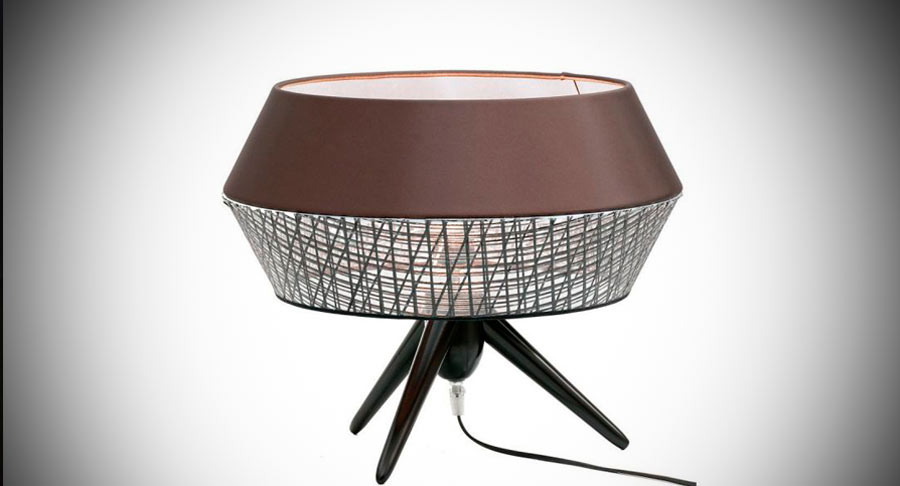 KARMAN TWIST TABLE LAMP